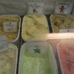 Photo de Enjoy Ice Cream bar & Restaurant