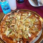 Chicken pineapple pizza