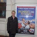 Cast of Dreamboats