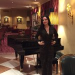 piano bar - old fashion glamour (Love it!)