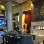 The ambient lobby, complete with fireplace and see-thru/walk-around aquarium.