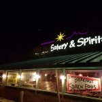 Foto de Foothills Eatery Wine & Spirits