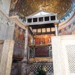 The altar lies right over the crypt of Saint Pope Clement