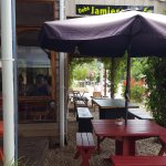 DEBS JAMIESON CAFE onter outside eating area