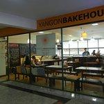 Yangon Bakehouseの写真