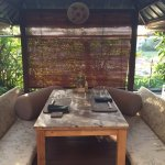 Charming outdoor booths for two at Unkaizan