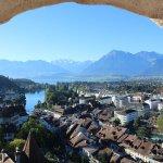 Schloss Thun mit der unvergleichlichen Aussicht aus den Ecktürmen!