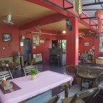 Kavil Guest House in Chiangmai is in an excellent location 200 meters from Thapae Gate.it's quie
