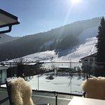 Blick von der Terrasse zum Skilift
