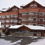 Photo of Hotel Le Sherpa - Val Thorens