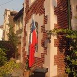 Frente do Hostel De'l Tata