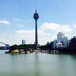 Blick in den Düsseldorfer Medienhafen (Quelle: Hilker Consulting)