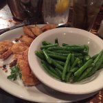 Fried shrimp with green beans
