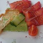 Saumon gravadlackx , gelée de concombre