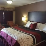 Muir Lodge Motel Photo