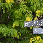 Street sign for Rue Jolie where the motel is.