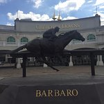 Barbaro statue in front of Churchill Downs