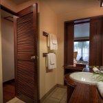Garden Room - interior bathroom