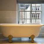 Yes you can even lie in the bath and wave at passers by if you insist!