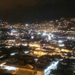 Una excelente vista de nuestro mundo Quito, ricos canelazos