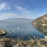 vue sur la baie de Talloires et le lac d'Annecy