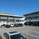 Beach House Inn and Suites Photo