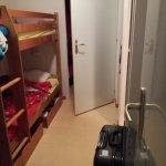 lit superposé dans le couloir