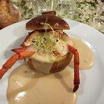 Brioche avec homard et sauce