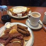 Photo of Squires Diner
