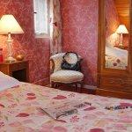 Photo of Hotel Des Deux Clefs