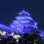 鶴ヶ城もライトアップ