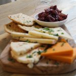 Cheeseboard - cheese with caramelised red onion & crisp flatbreads