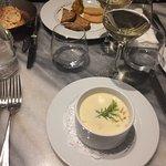 Foie gras de canard confit, chutney de fruits d'hiver / Soupe de coquilles Saint-Jacques, julien