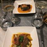 Noix de Saint-Jacques poêlées,purée de patates douces / Ris de veau cuit au sautoir, fricassée l