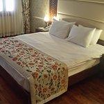 Foto de Lalinn Hotel