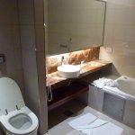 Lavabo baignoire-douche bidet WC
