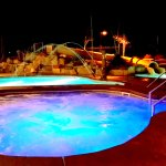 Night time hot tubbing!