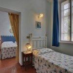stanza azzurra, si sviluppa su due ambienti separati
