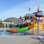 Kinderbereich - Pool und Rutschenlandschaft