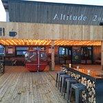 Altitude 2000照片