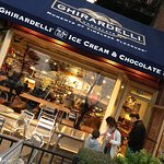 Ghirardelli On The Go Storefront
