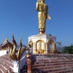 Grane Budda con alal base le sue posizioni nei 7 giorni della settimana