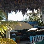 Foto de Legends Beach Hotel