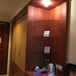 Golden View Hotel Batam Photo