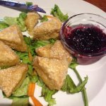Baked camembert with berry sauce - the valentines starter