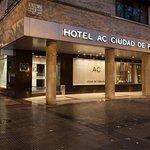 潘普洛納萬豪AC酒店