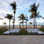 Photo de Courtyard by Marriott Isla Verde Beach Resort