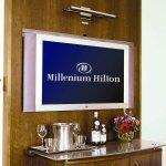 TV/Minibar