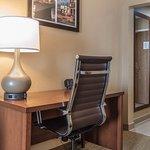 Photo of Comfort Suites - Kings Island