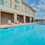 Photo of Holiday Inn Express Hotel & Suites Porterville
